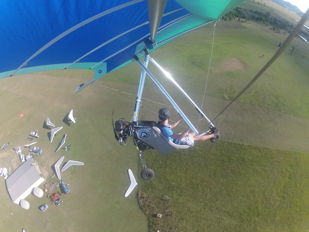 Hang Gliding » Airborne